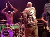 Travis Barker & Yelawolf - Push 'Em