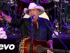 Alan Jackson - Livin' On Love - Keepin' It Country