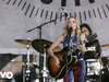 Sheryl Crow - Everything Is Broken (Newport Folk Festival) (feat. Jason Isbell)